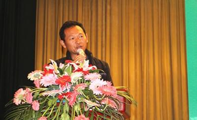 北农华葡哥闫峰:能给大家分享克瑞森栽培技术,我很荣幸!